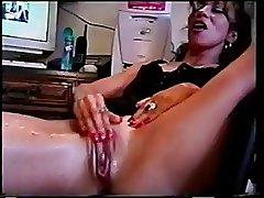 horny milf squirts