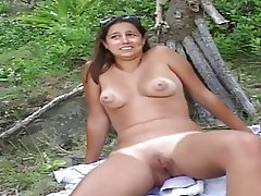 BRUNETTE JOAN 1 SHAVED PUSSY NICE BIG NIPPLES OUTDOORS