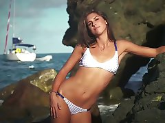 Alex Morgan Jerk off challenge