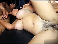 Young pornstar double blowjob