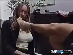 Secretary Sucks Her Feet And Toes