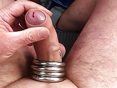 wanking with rings on a parkingplace