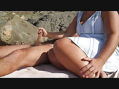 The best handjob at the beach ever