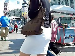 UNDER THE SKIRT UPSKIRTS 62