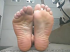 worship nice stinky wrinkled soles