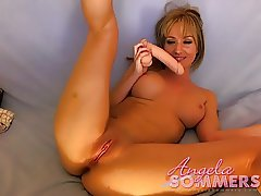 Hot blonde uses a dildo and vibrator on web cam to cum