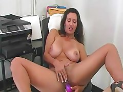 cumming with Persia