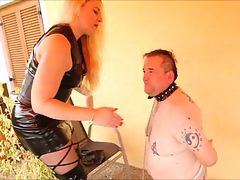 bizarrlady jessica and her slave slaping
