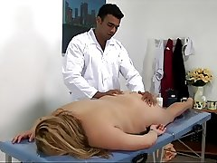 Big blonde lady gets fucked on the massage table
