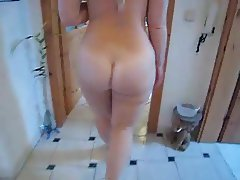 Big Ass Walking Nude In The House AP69