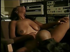Black chick gives BJ &gets her pussy licked and fucked and face creamed