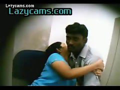 Guntur cybercafe sex couple