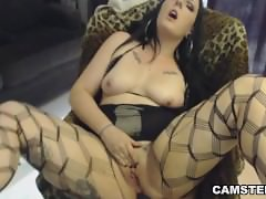 Anal plug in her exit hole while rubbing her clit till orgasm