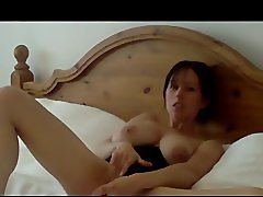 Sons Friend gets to See Mum 888camgirls,com