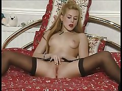 Nina 2 stockings masturbate