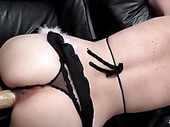 Scambisti Maturi - Mature swinger sex with hot Italian girl