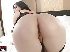 Pamela Sanchez has a fiery hot bottom that is ready for anal