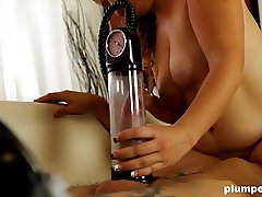 Plumperd.com Penis pump and cock sucking fatty