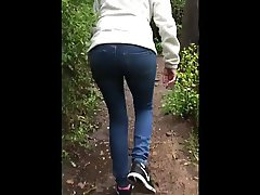 Kelly Ass while Walking