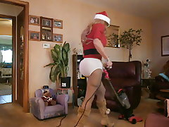 Joanies Christmas cleaning