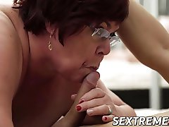 Lusty grandma takes a massive load of jizz in her mouth