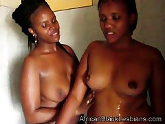 Horny African sistas share the shower