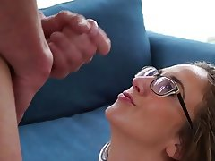 He can't stop cumming on her face