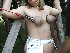 SKLAVIN-Z an the Outdoor Spanking Session