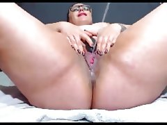 bbw milf has many orgasms and starts squirting
