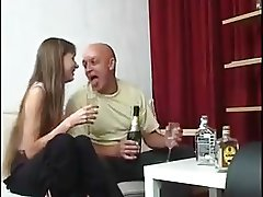 STP3 Loves A Fuck With Flexible daughter !
