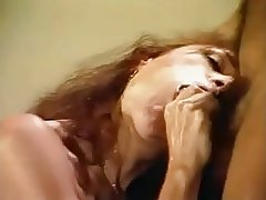 Milf gives a piss BJ