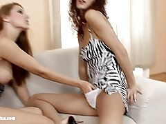 Lovemaking the lesbian way with Klaudia and Leanna on