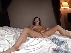 6-movies.com - Brunette girl fingers until she comes to a re