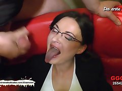 Little Mini Hotcore Vs Nerdy MILF Manu - Choose the Best