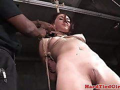 Sub Mandy Muse pussy stimulated with vibrator