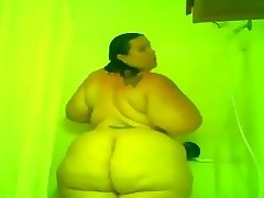 ssbbw cherry delight hot shower