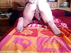 Lady J rubs the fuck out of her oiled pussy
