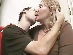 Mature women pegs young man with strapon