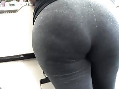 Gray leggings mom ask