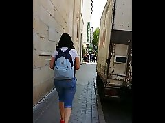 This girl moves her ass right?