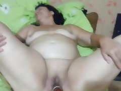 I fucked my wife in the hairy cunt dildo