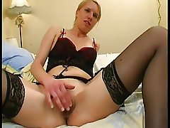 AMATEUR SMALL TITS TEEN SEX