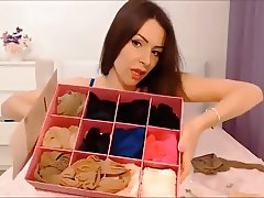 Girl puts  on pantyhose in bed 06 (YST)