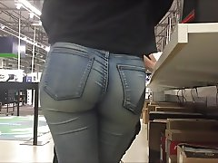 Teen in tight Jeans