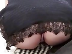 Upskirt in shoes market