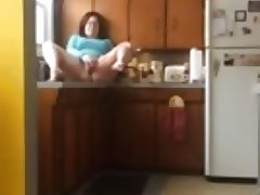 Nerdy bbw kitchen big squirt