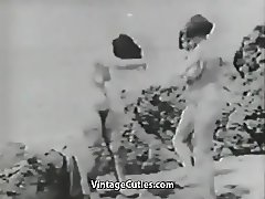 Three Naked Girls and Gloryhole in Beach Cabin (Vintage)