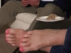 64 yO BBW SEXY GRANNY FEET FOR THE FEET LOVERS