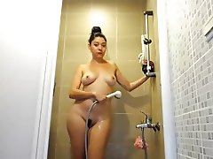 AMATEUR SHOWER