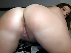 My Big Ass Girlfriend Loves To Fuck On Webcam